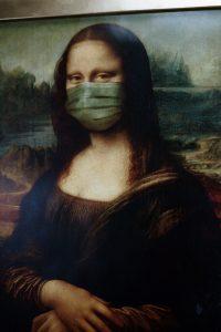 mona lisa wearing a surgical mask
